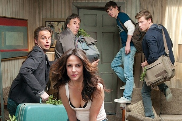 cast-of-weeds-1