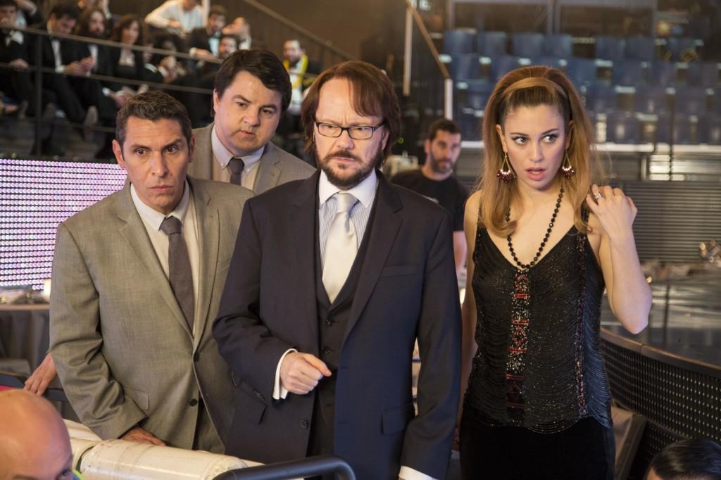 Blanca, Santiago y sus ayudantes