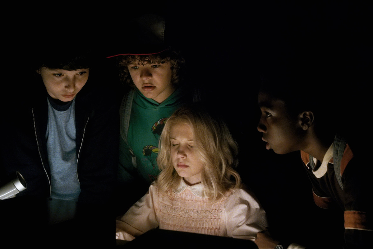 stranger-things-season-2_005-1200x0